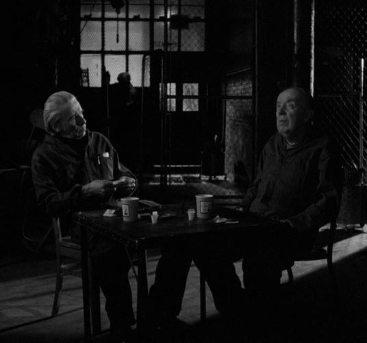 ジム・ジャームシュ監督 映画「コーヒー&シガレッツ」の「シャンパン」スチール写真